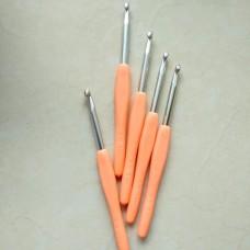 Крючок алюминиевый 5.5 с пластиковой ручкой