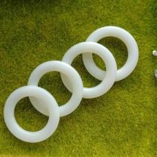 Кольцо пластиковое 28 мм
