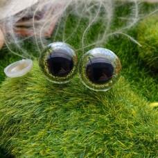 Глаза, 18 мм (блеск, св. зелёный)